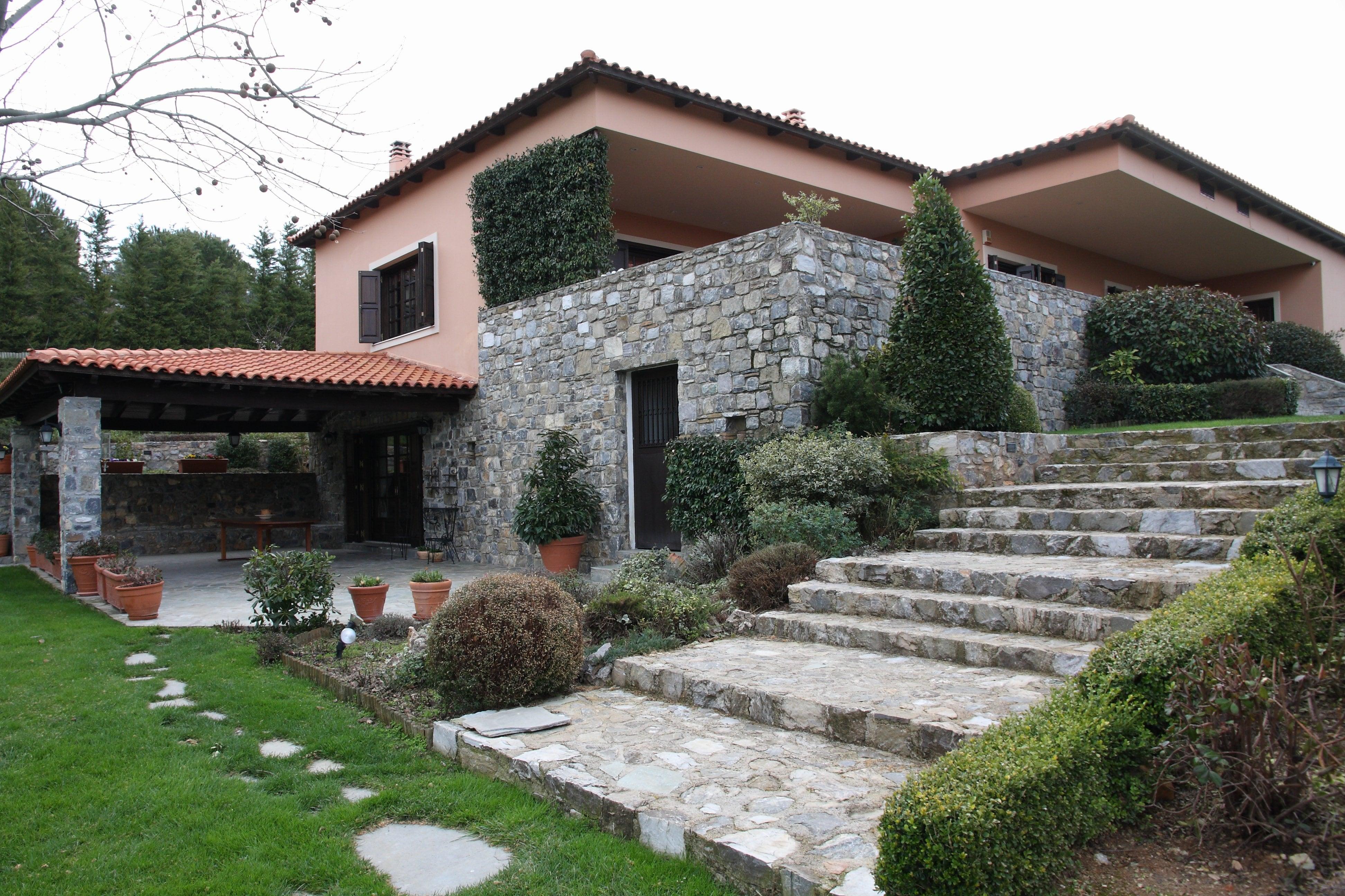 House, Kapandriti - Ref GR-3896