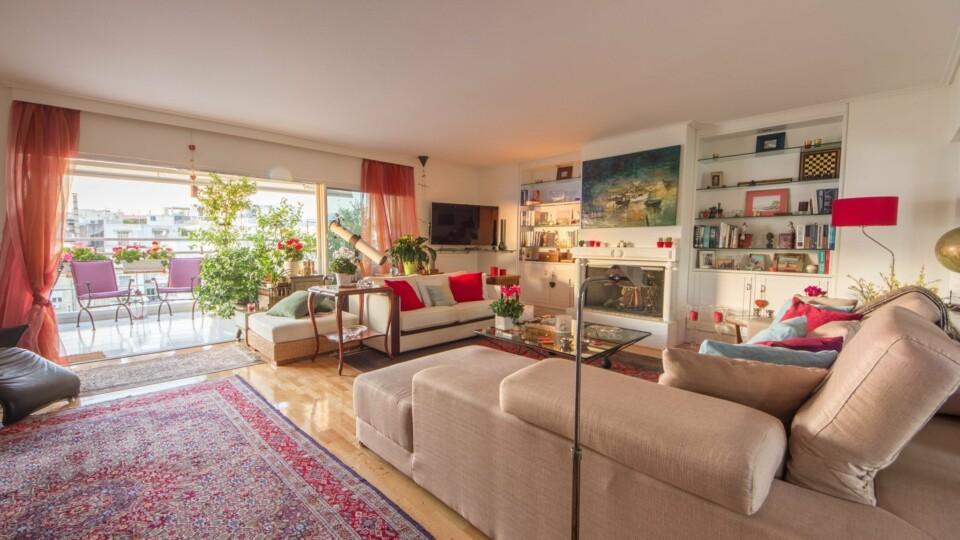 Stunning Penthouse Maisonette | Megaro Mousikis, Athens