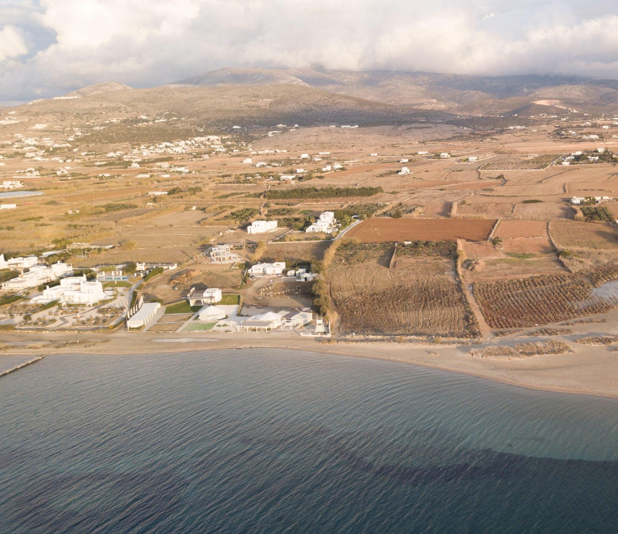 Terrain, Paros - Ref GR-4041