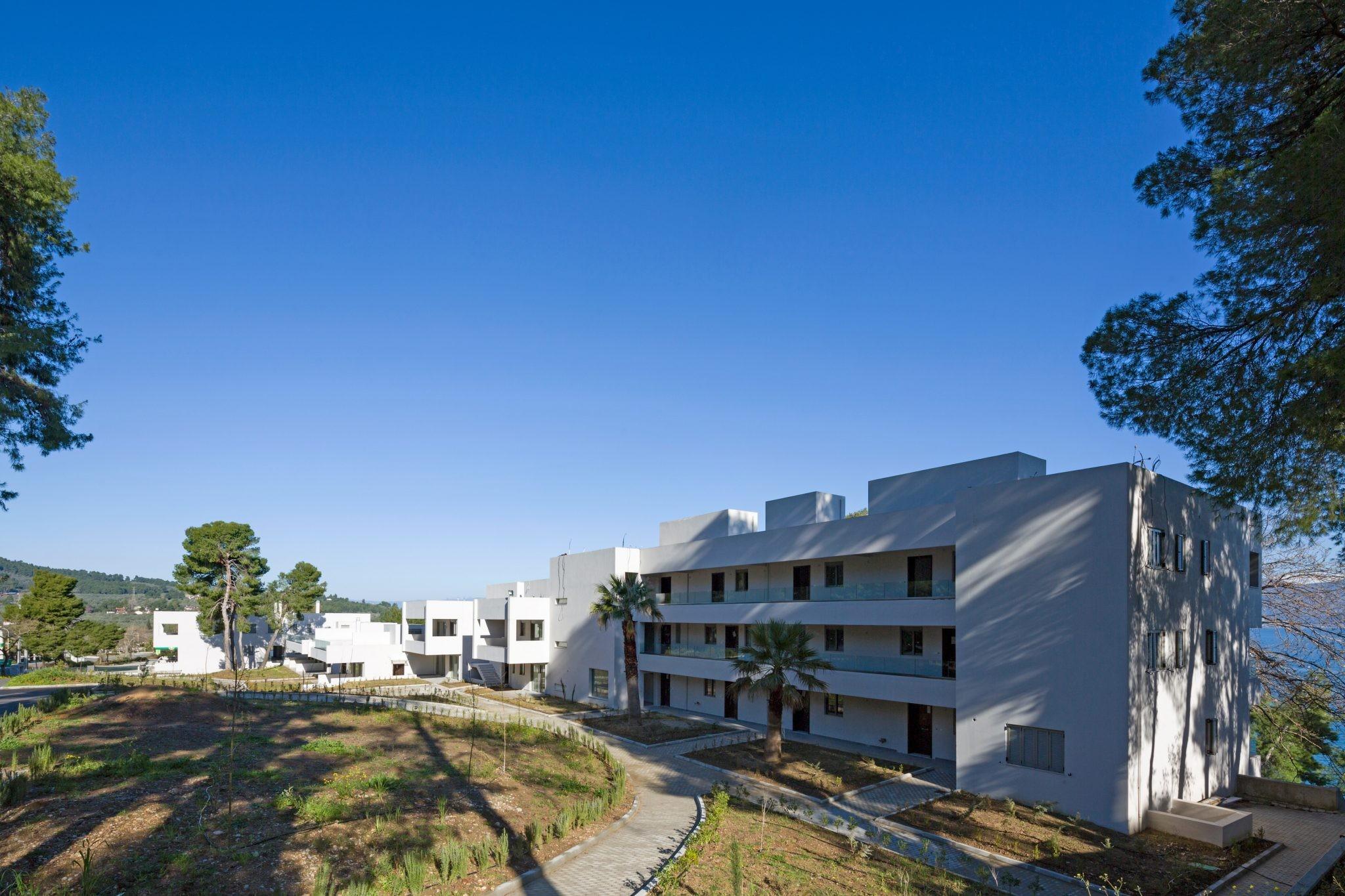 Apartment, Kammena Vourla - Ref GR-4445