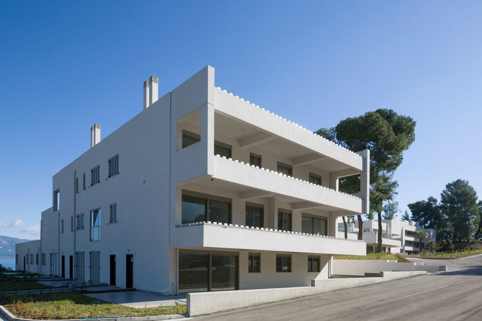 Apartment, Kammena Vourla - Ref GR-4447