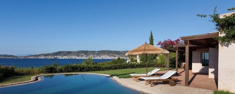 acheter-villa-luxe-bord-mer-porto-heli-immobilier-luxe