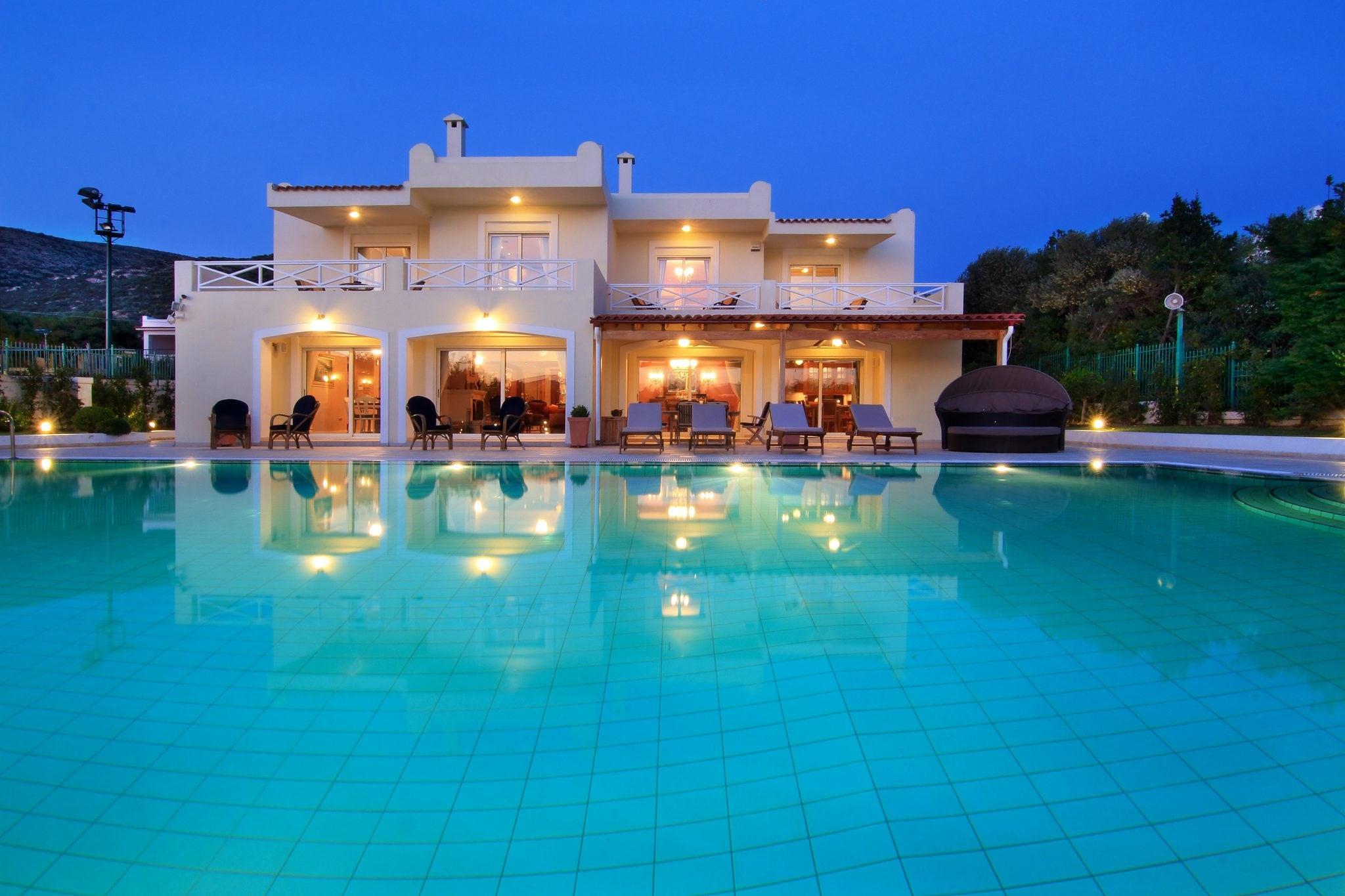 Maison, Saronida - Ref GR-4641