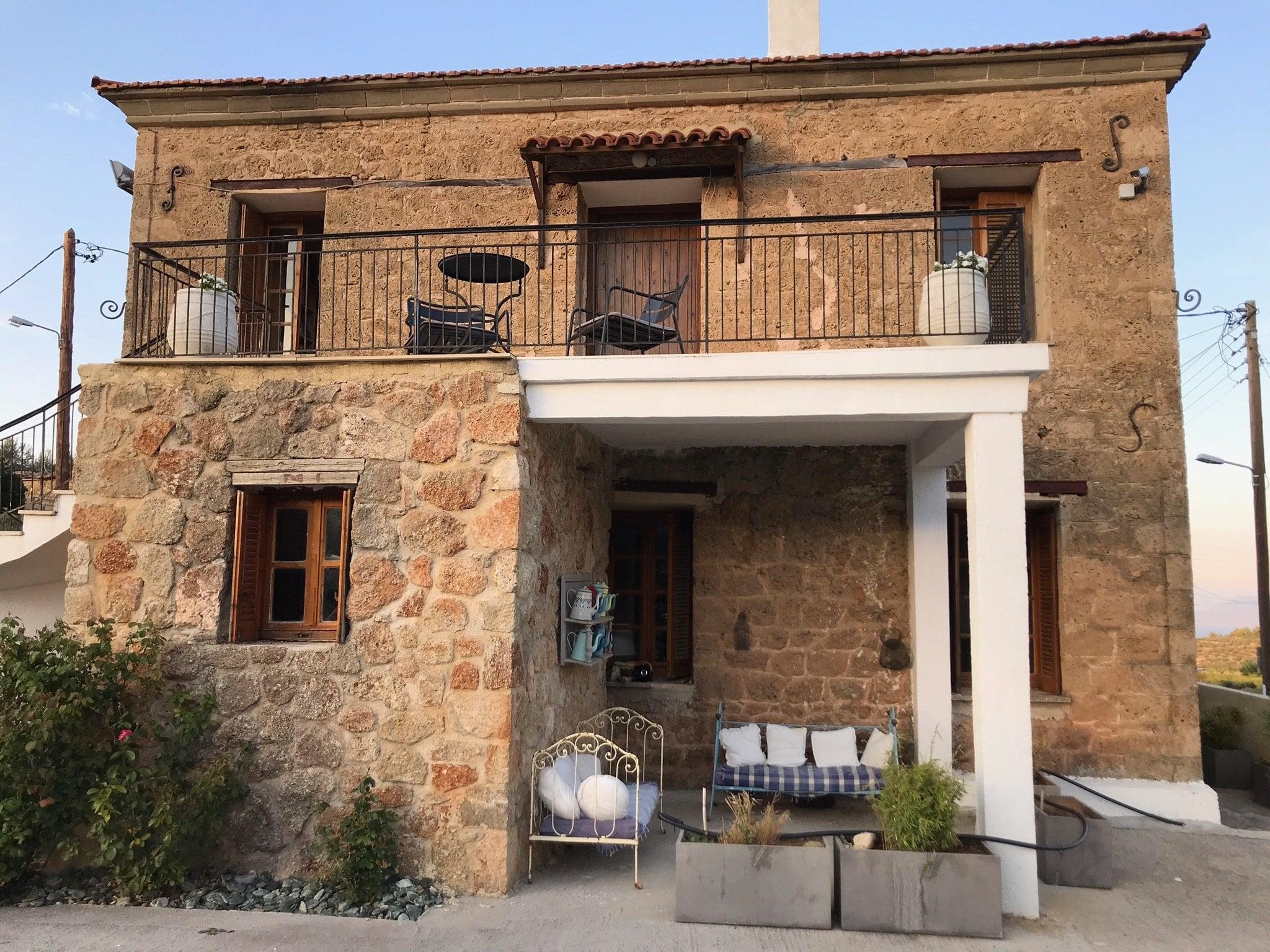 House, Corinthia - Ref GR-4851