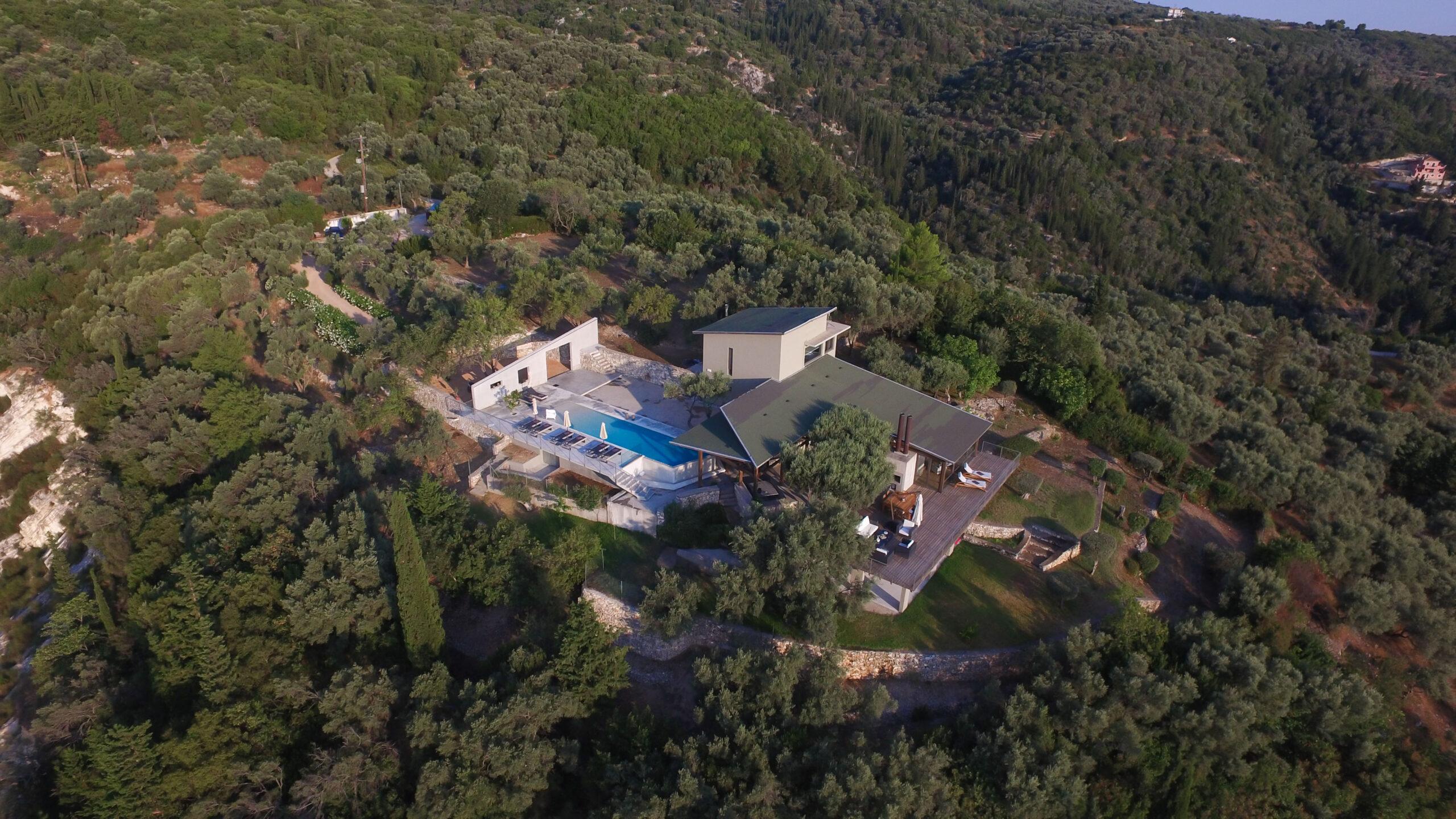 House Lefkada  -  ref GR-7239-S (picture 1)