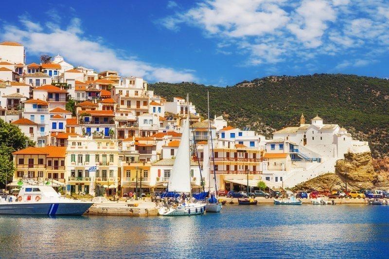 acheter-villa-luxe-ile-skopelos-grece-marche-immobilier-prestige-plages-idylliques