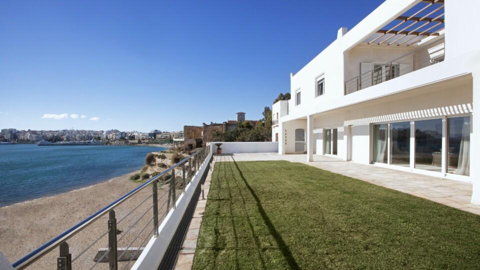 Villa en Bord de la Mer | Pirée, Banlieux du Sud