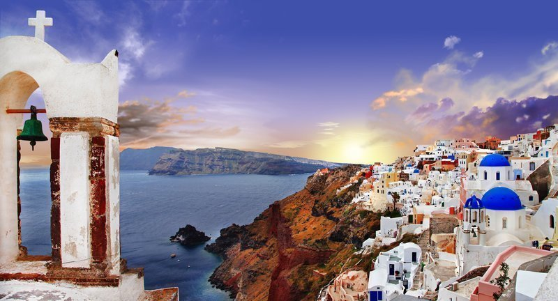 luxury-real-estate-santorini-greece-villas-villages-seaside-residential-complexes